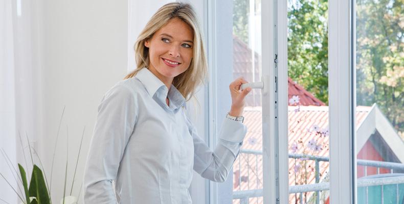 insektenschutzgitter f r ihre fenster insektenschutz f r fenster und t ren pollenschutz. Black Bedroom Furniture Sets. Home Design Ideas